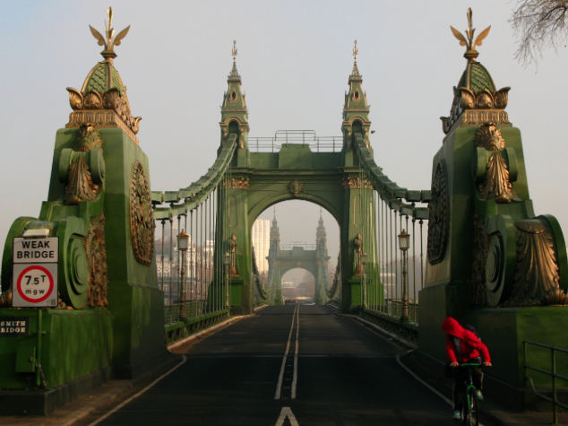Hammersmith Bridge closure – October half term 2017