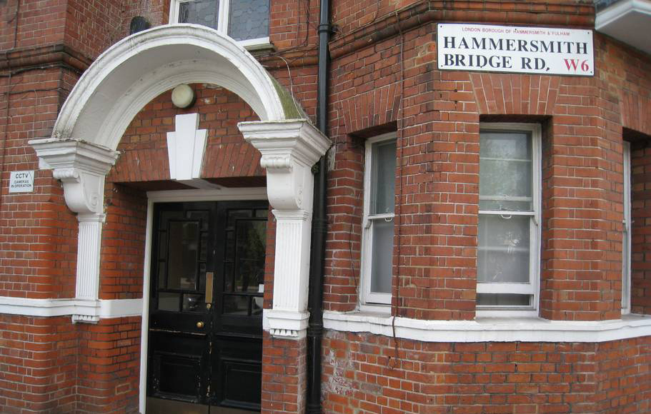 New development on Hammersmith Bridge Road